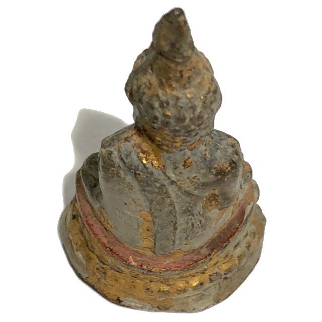 พระกรุวัดเชิงท่า นนทบุรี พิมพ์พระประธาน เนื้อชินตะกั่วทาทองลงรักแดง พิมพ์ใหญ่
