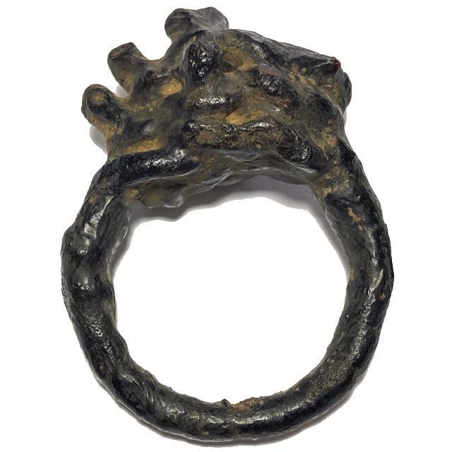 แหวนพิรอด หลวงปู่ยิ้ม วัดหนองบัว